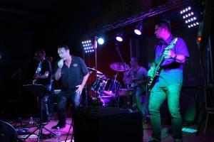 Los Brelos Orchestra ... img_27161-300x200